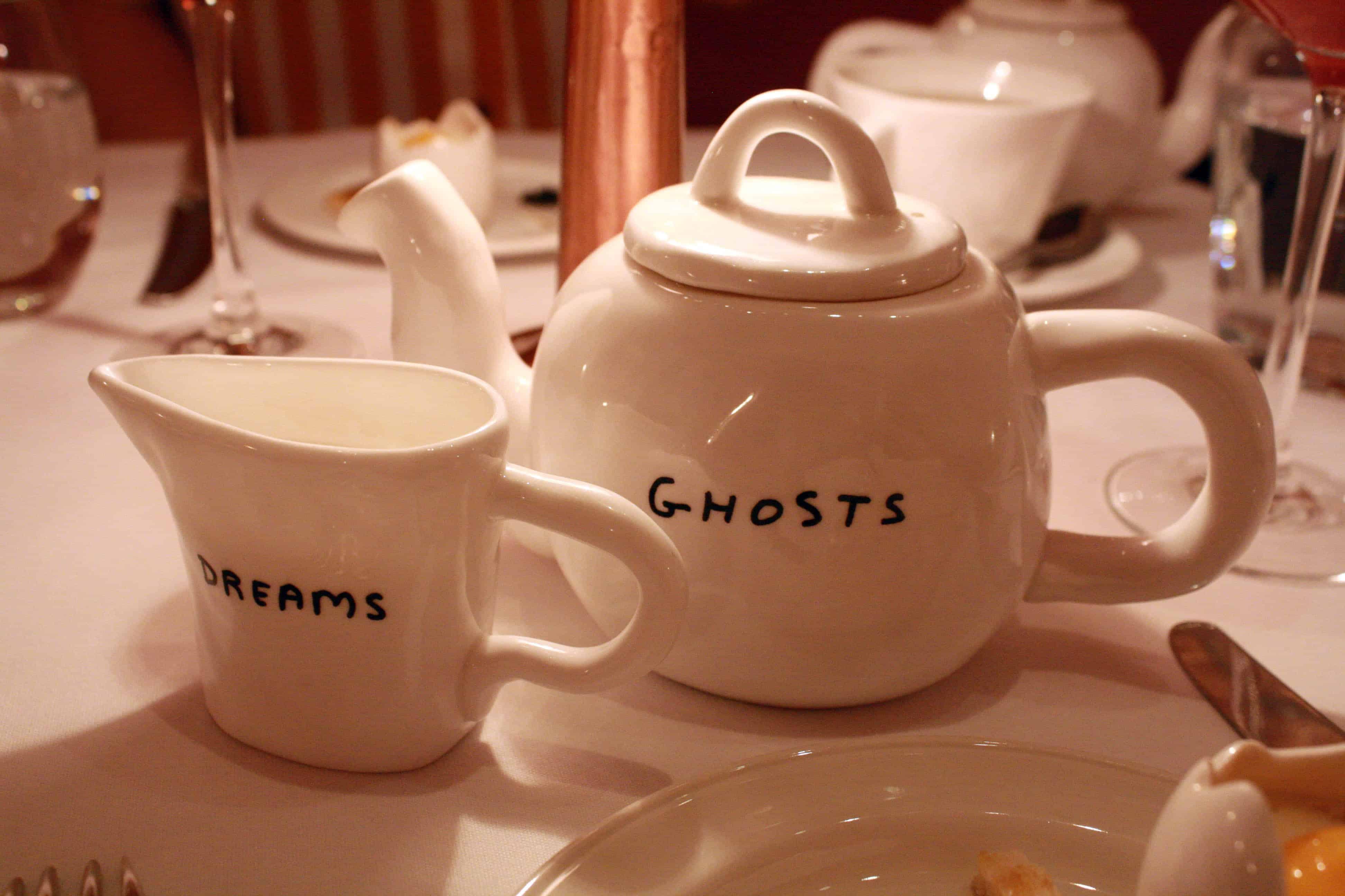 Sketch David Shrigley teapot & milk