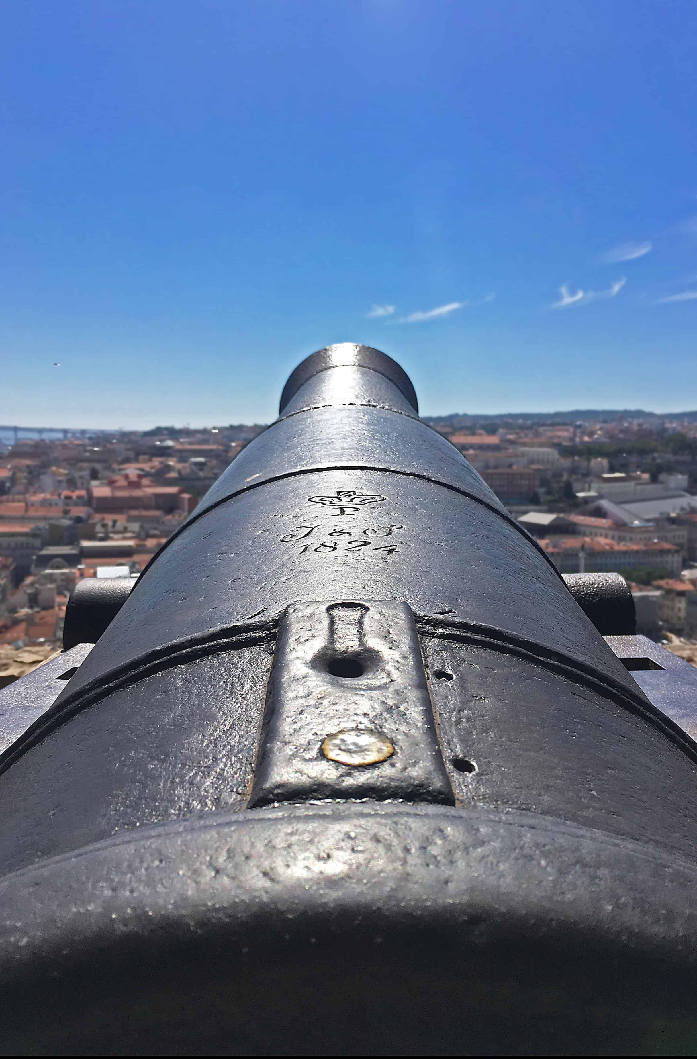 Castelo de Sao Jorge São Jorge cannon