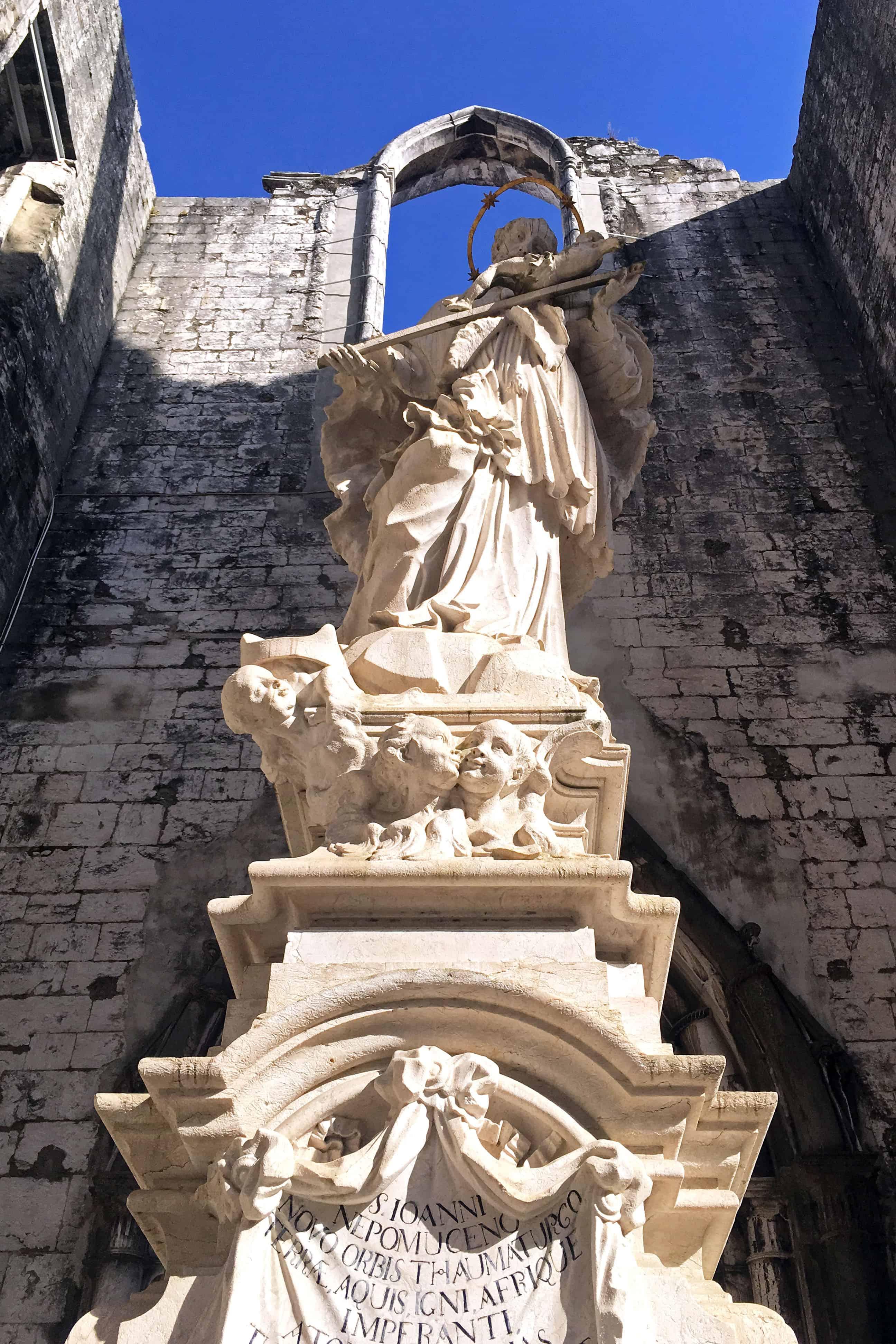 Statue in Carmo Convent, Lisbon