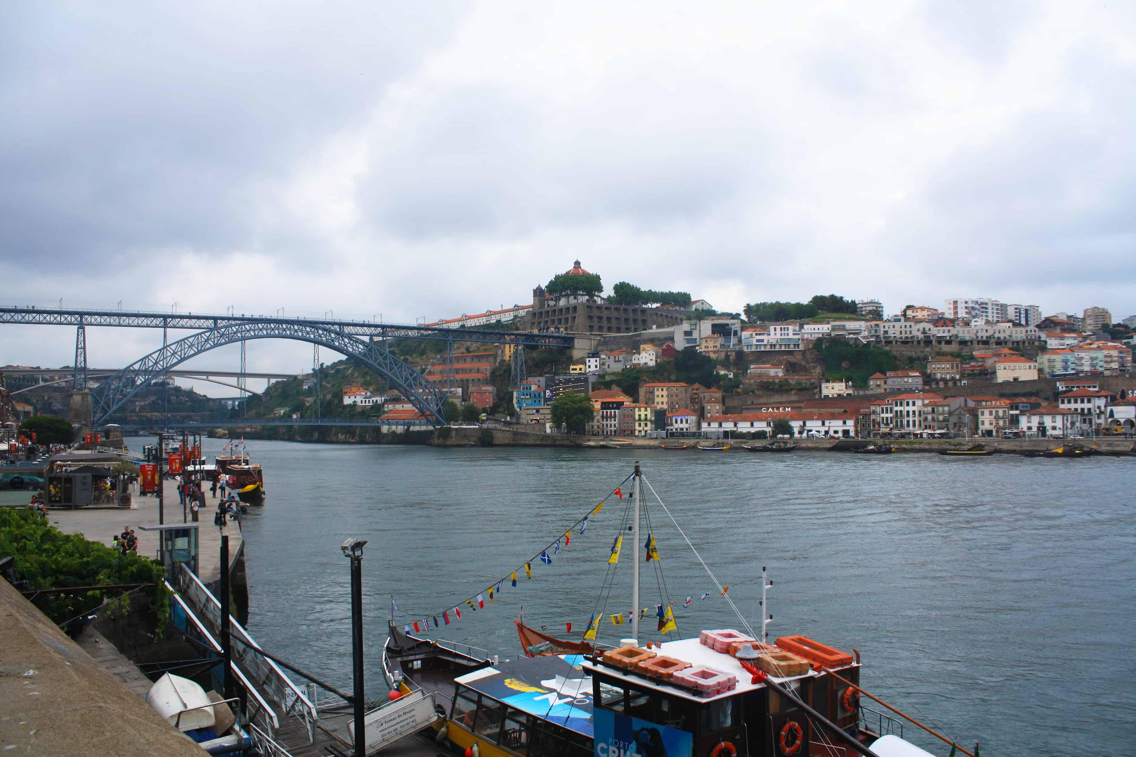 Douro River and Dom Luis Bridge, Porto, Portugal