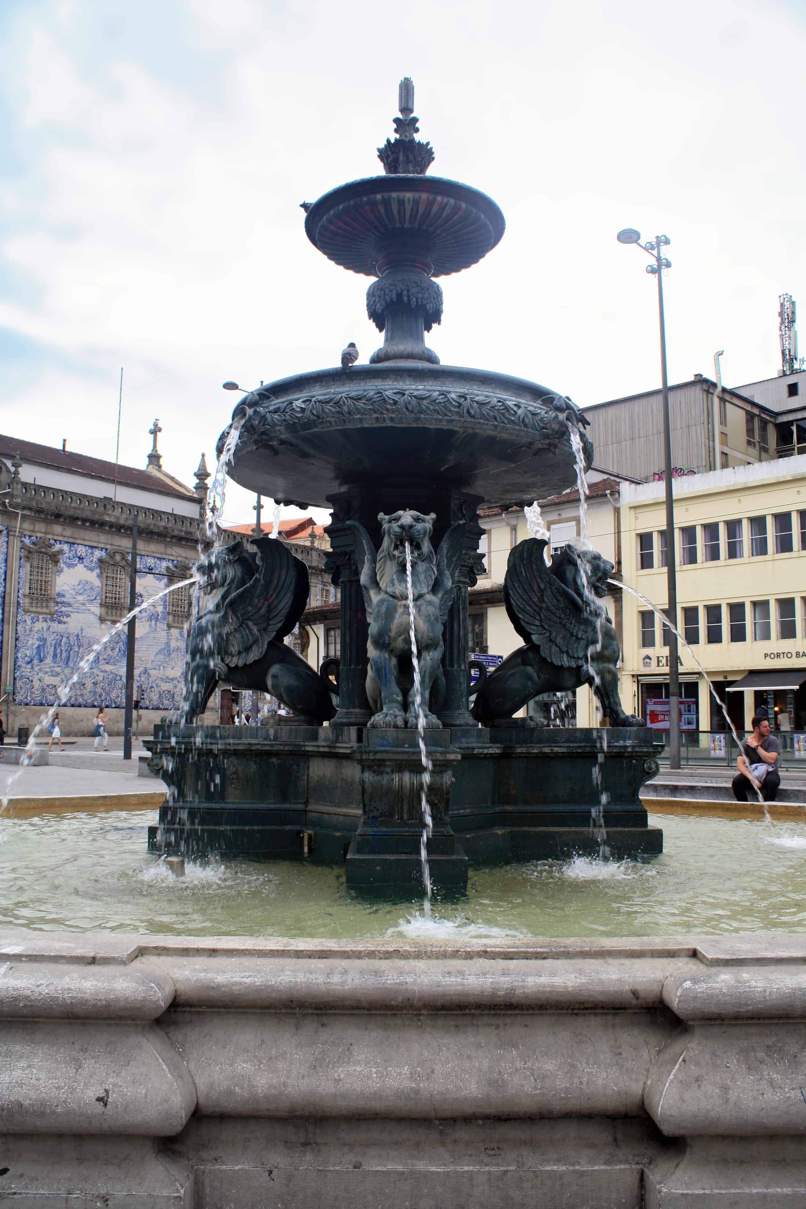 Fonte dos Leões, Porto