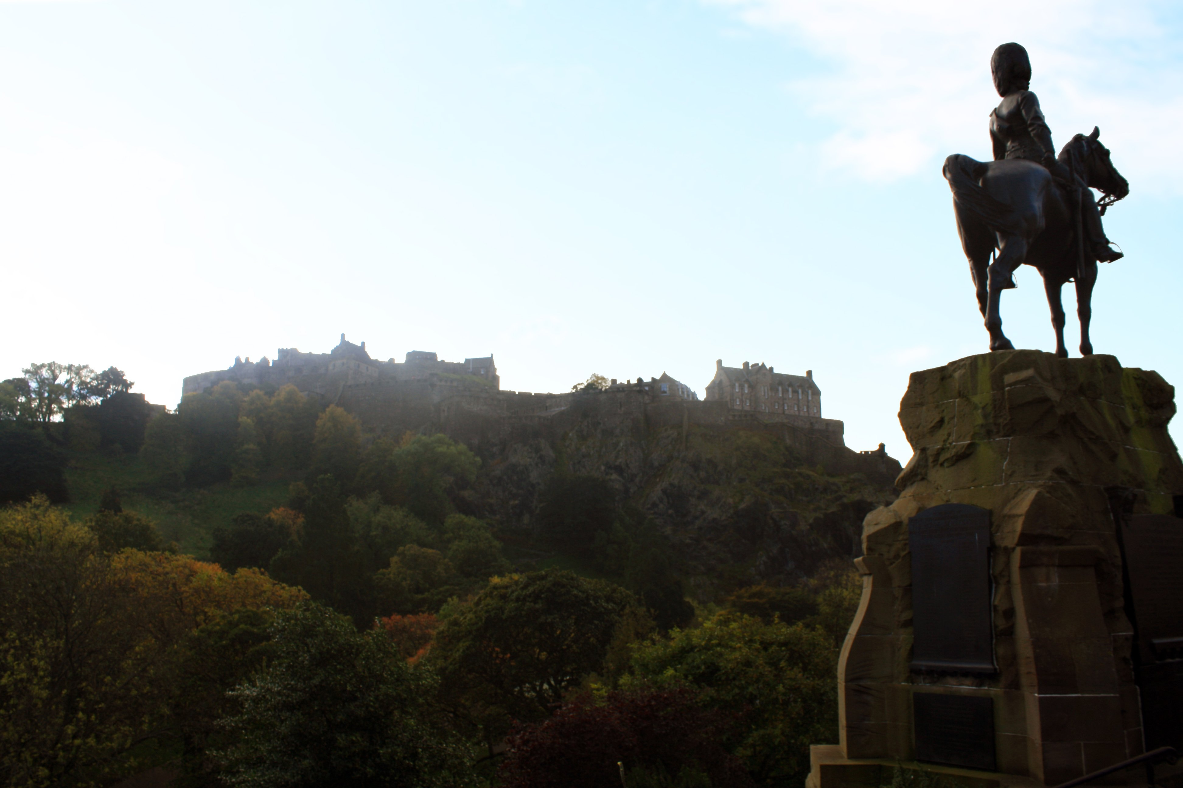 Royal Scots Greys monument with Edinburgh castle