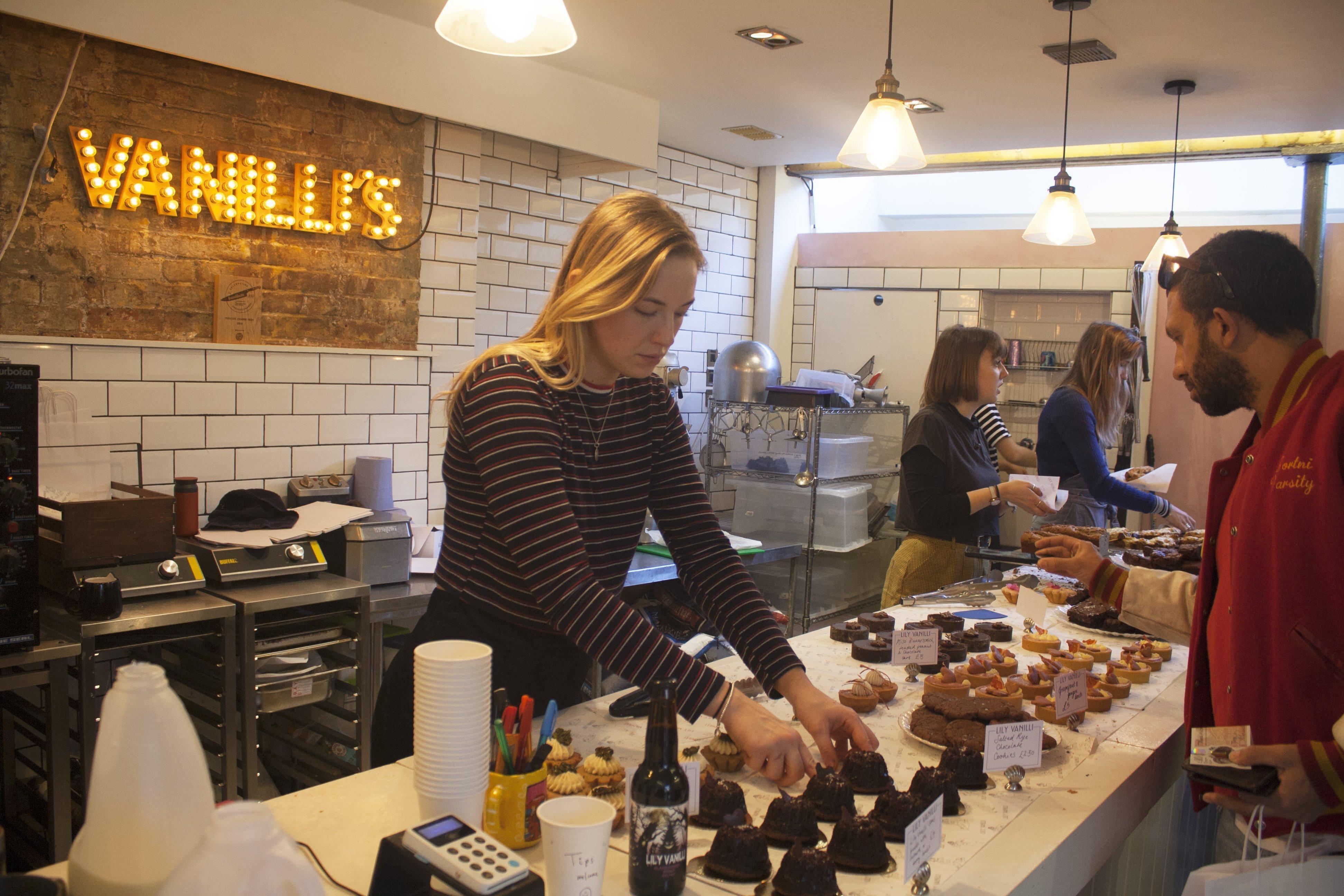 Lily Vanilli Bakery inside