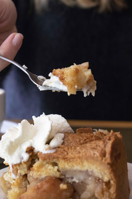 Winkel 43 apple pie piece on a fork