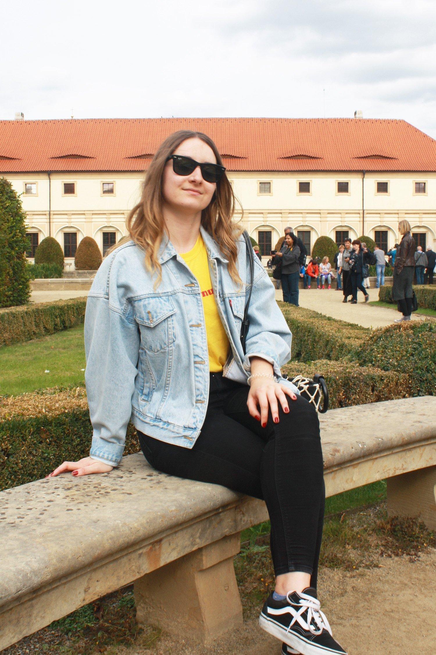 Sitting in Wallenstein Garden, Prague