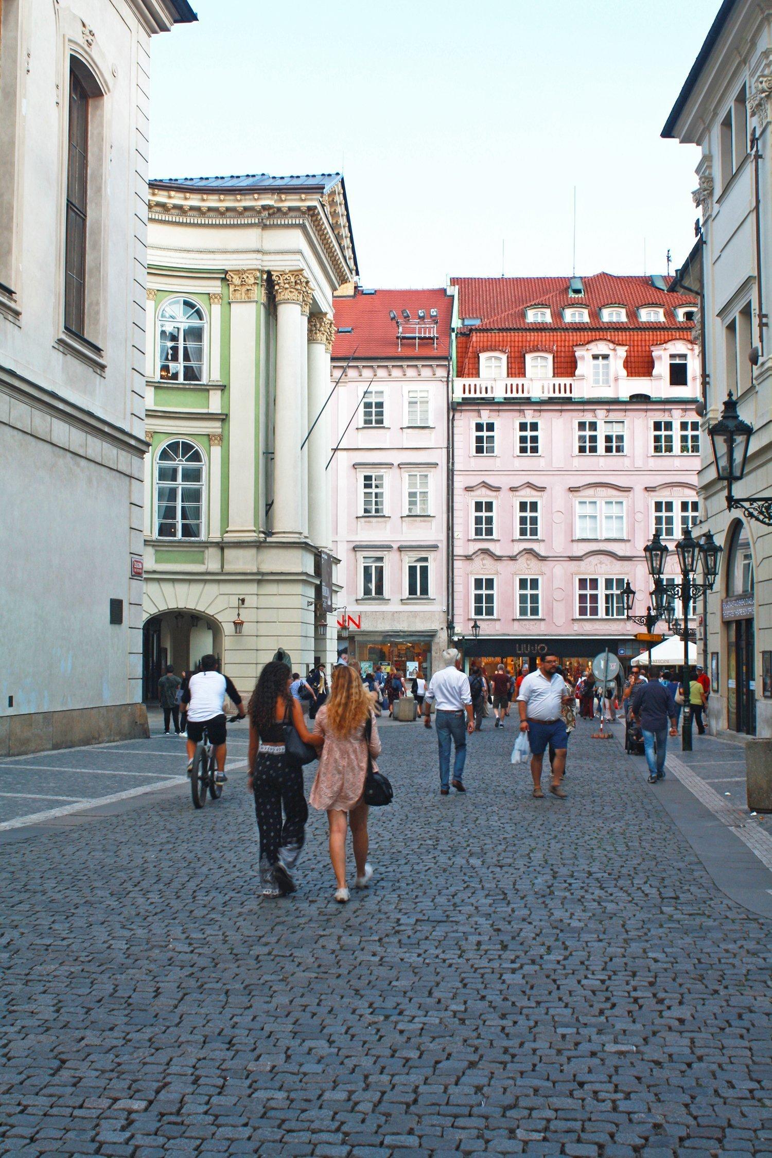 Zelezna Estates Theatre, Prague
