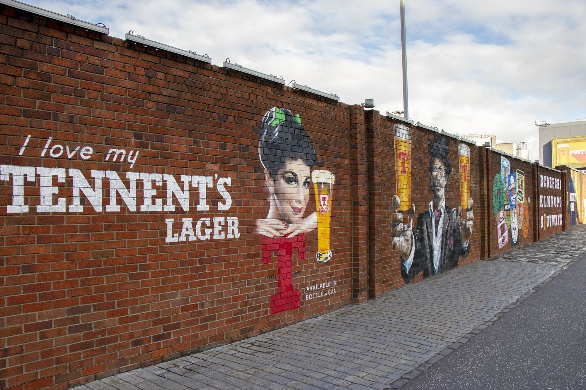 Tennent's brewery mural - Glasgow mural trail