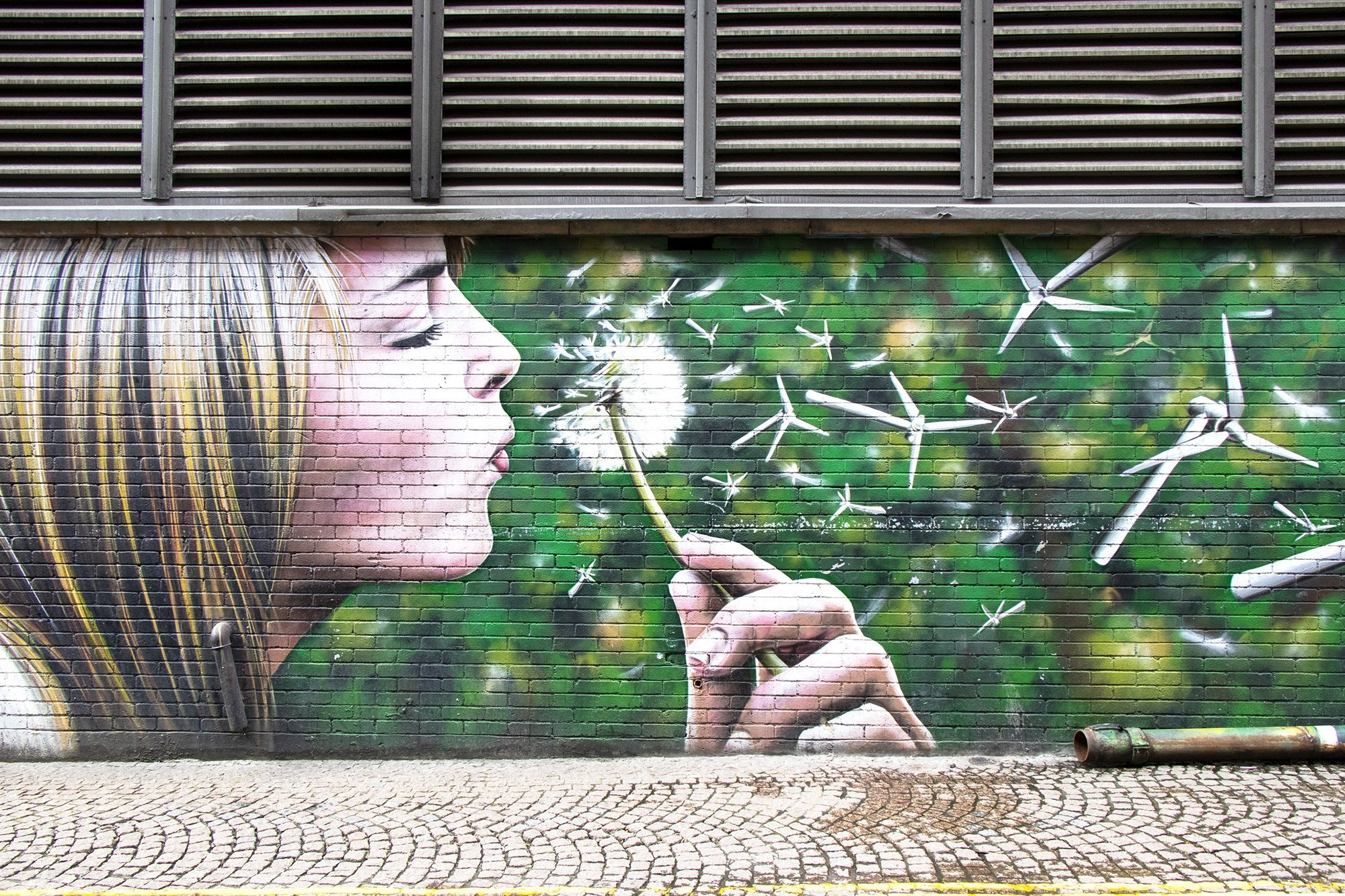Wind power grafitti mural - Glasgow mural trail