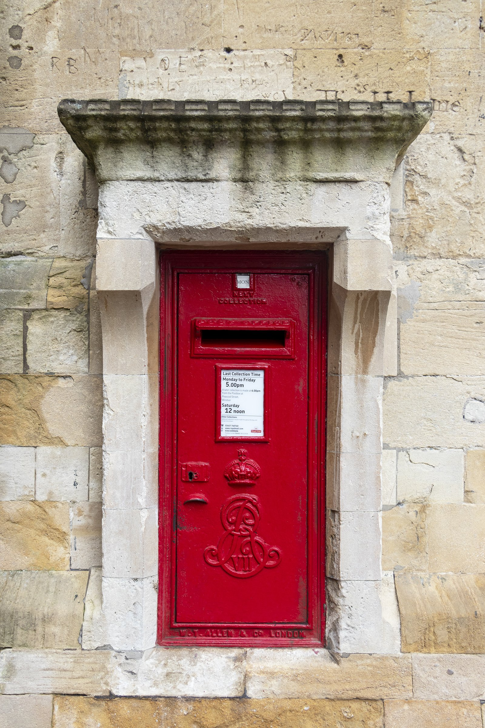 Postbox, Windsor Castle