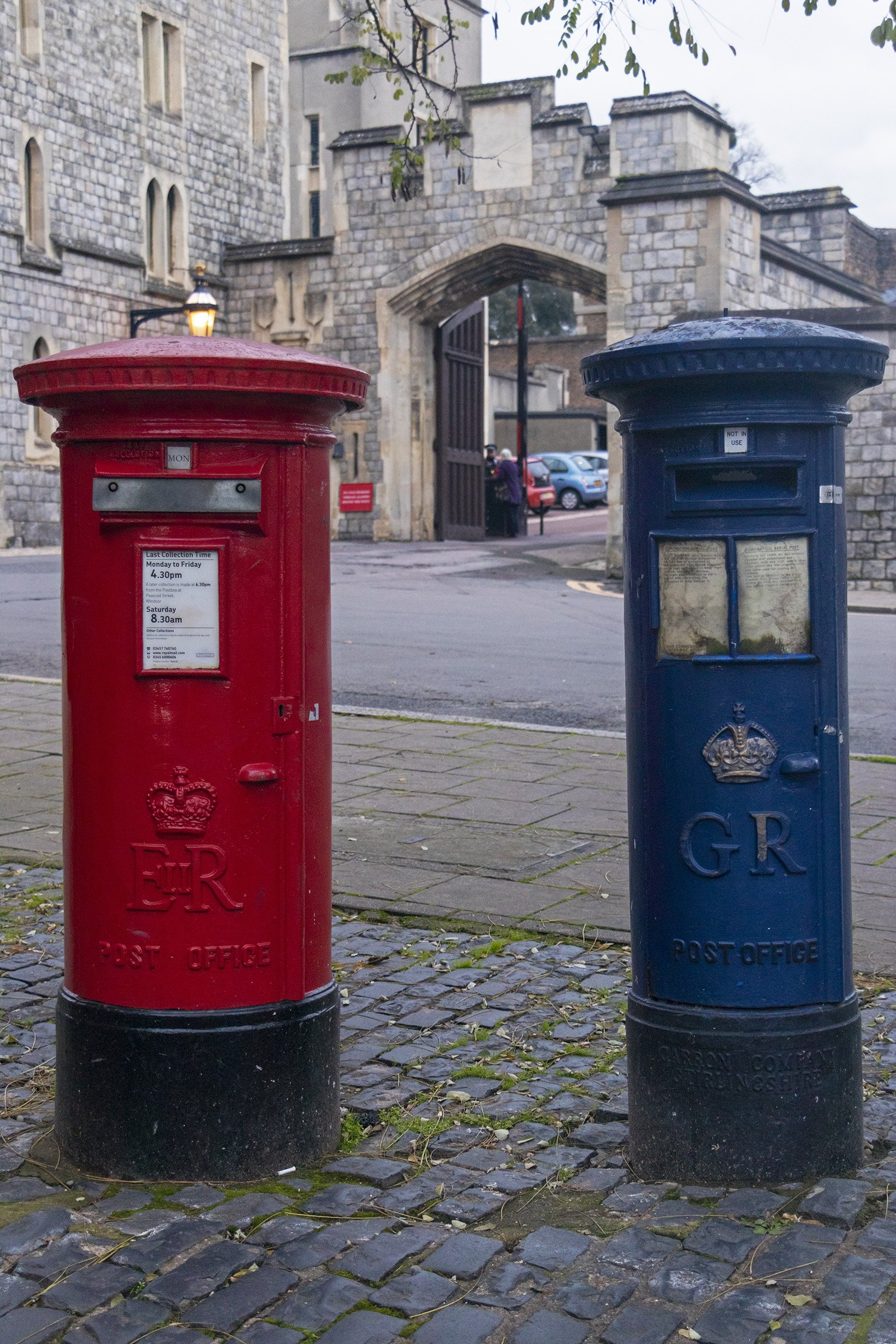 E2R and GR post box