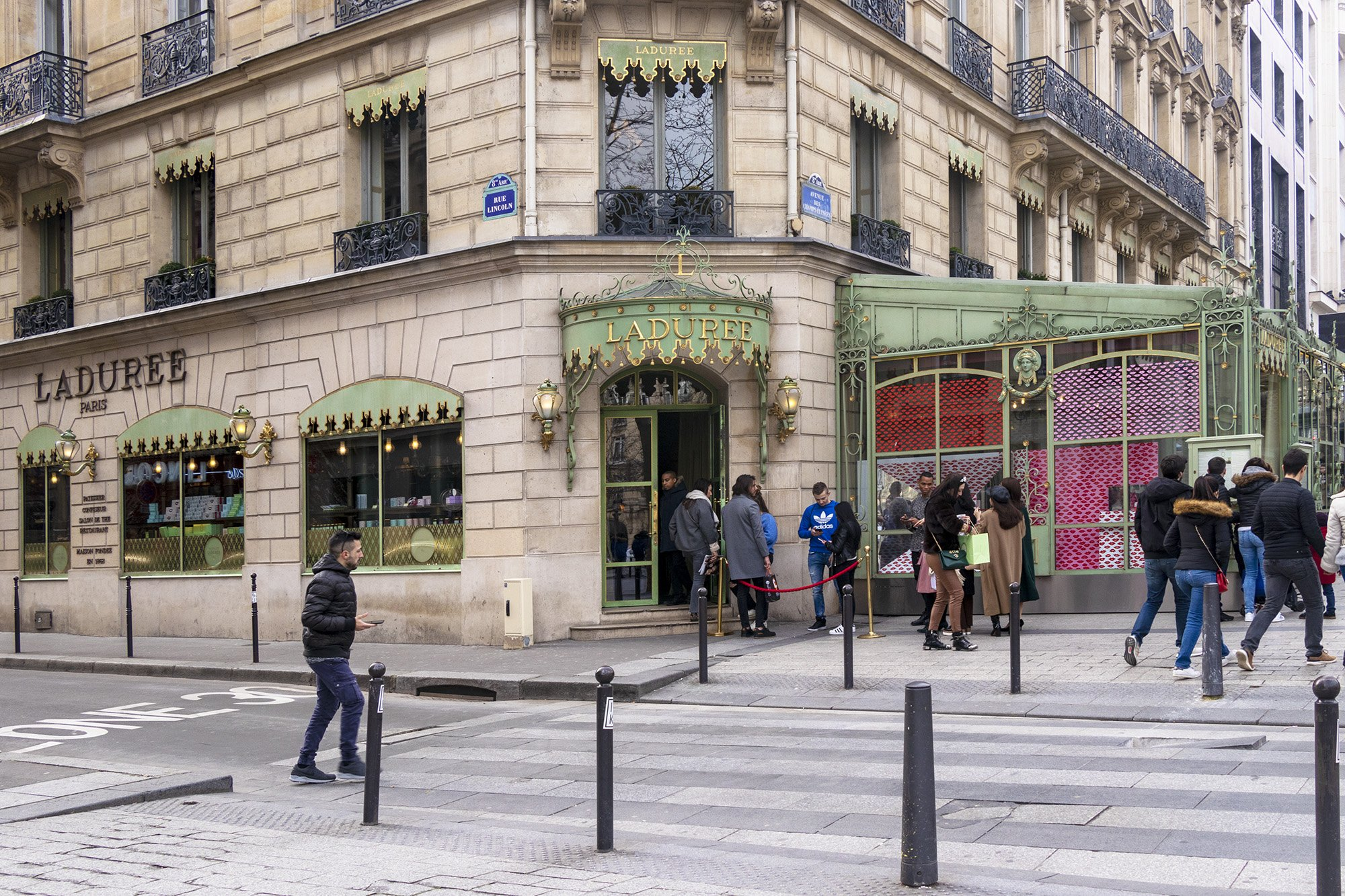 Laduree, Paris, Champs Elysees
