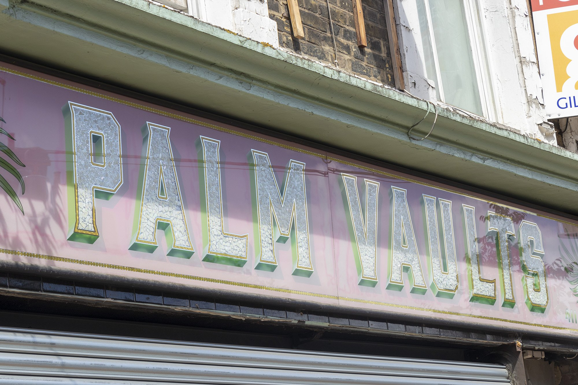 Palm Vaults, Hackney sign