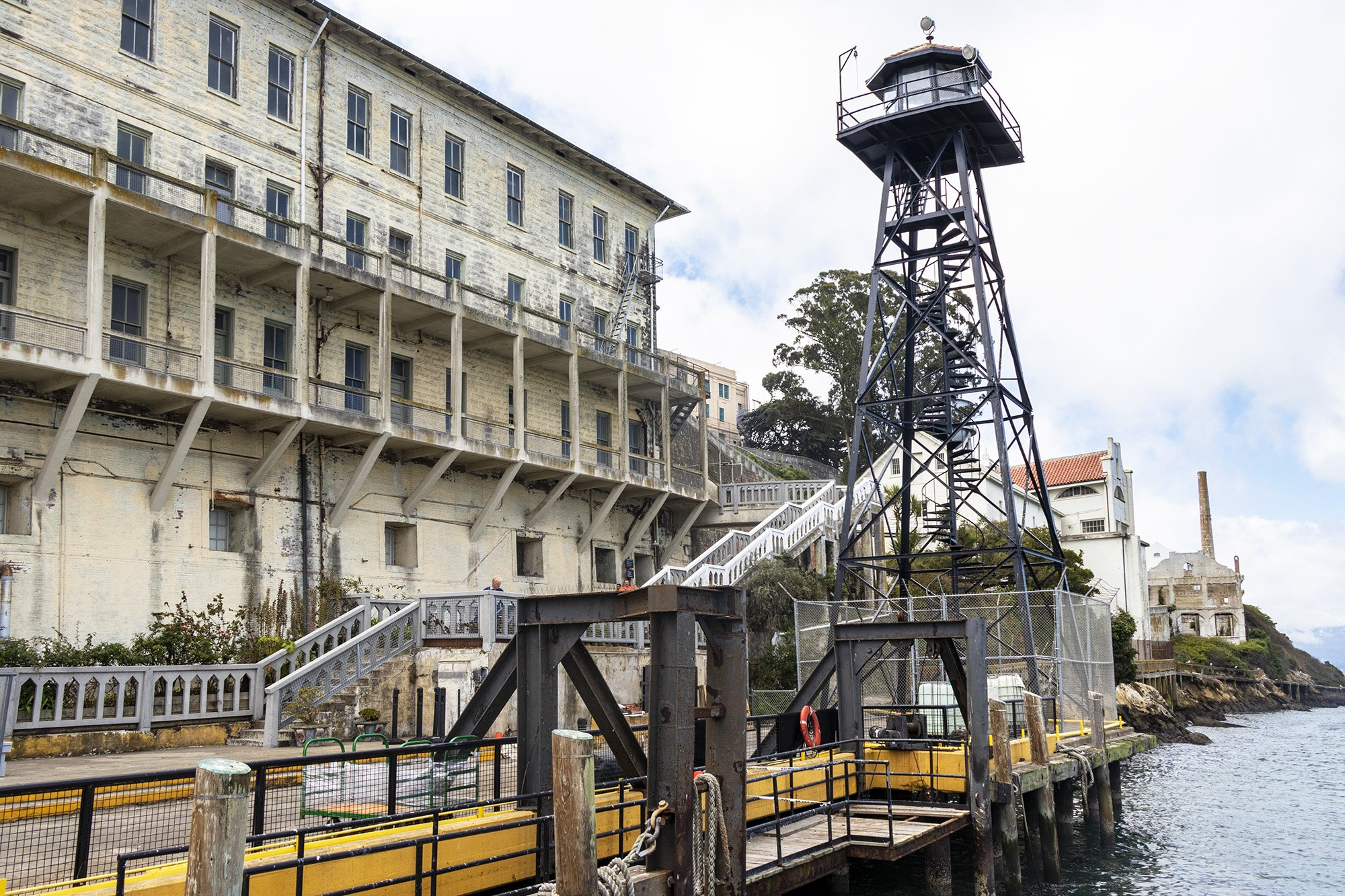 Alcatraz barracks and guard tower