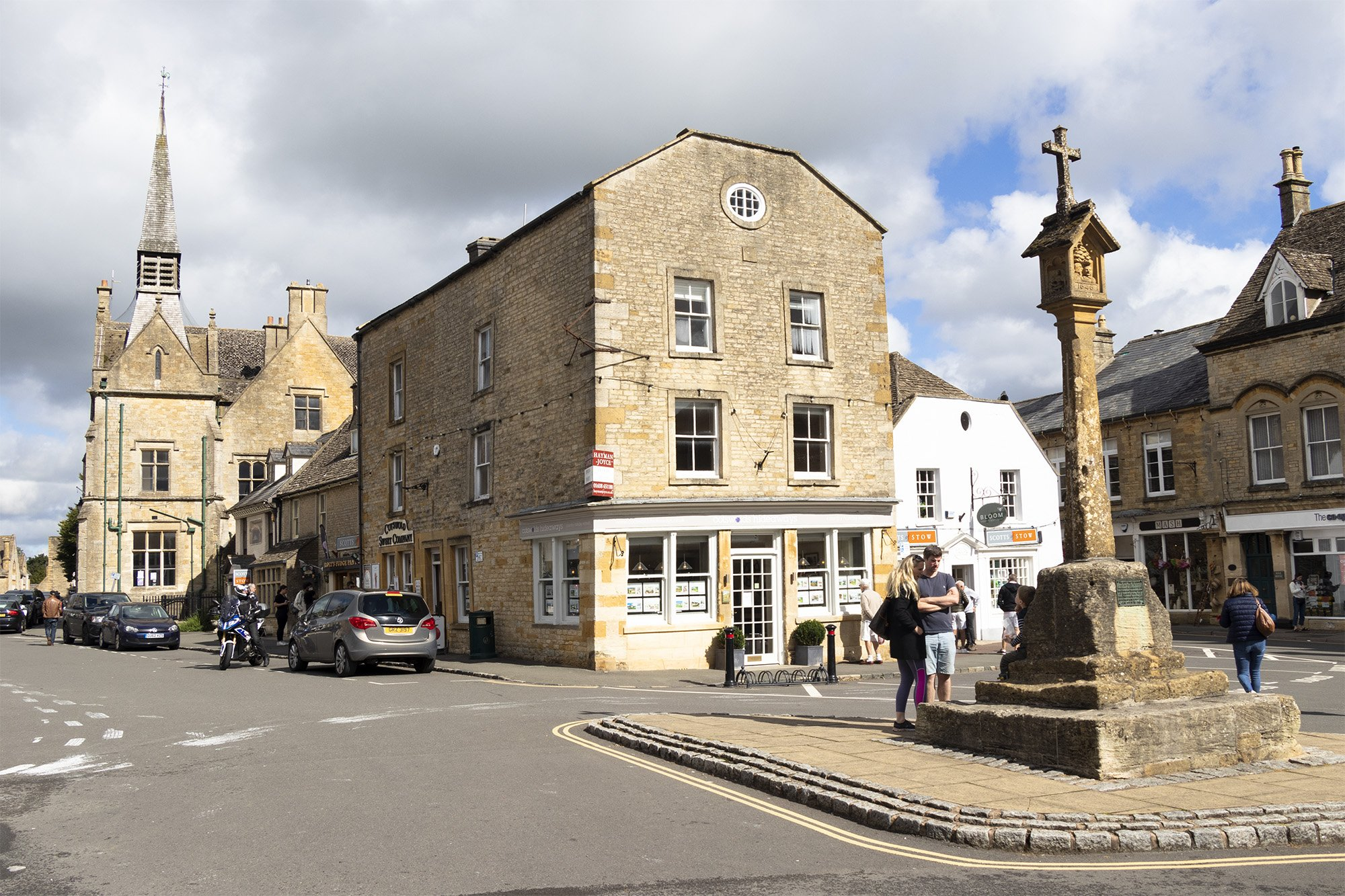 Stow-on-the-Wold market cross