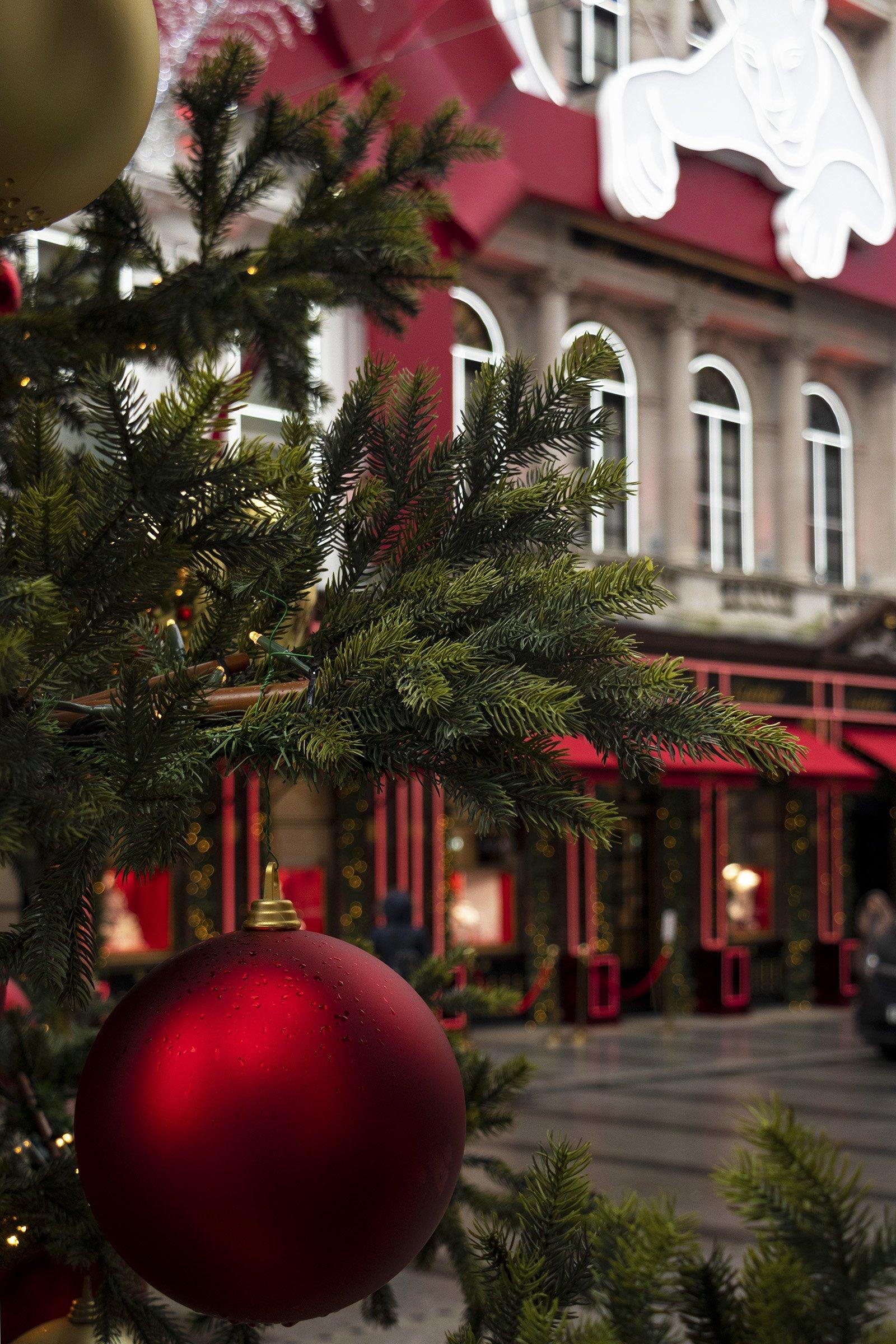 Cartier Christmas display and Christmas tree