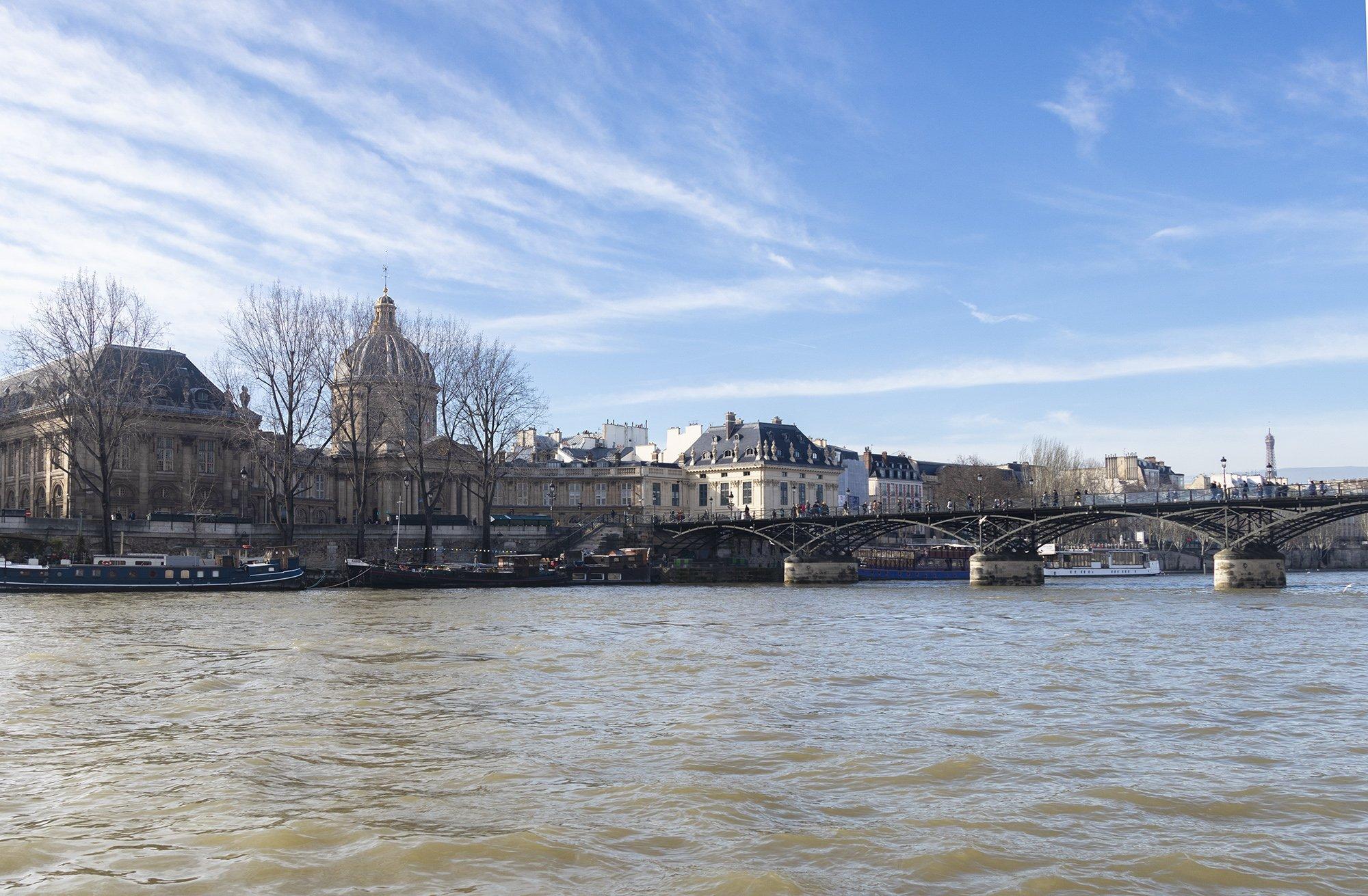 Ponts des Arts, Paris from Seine