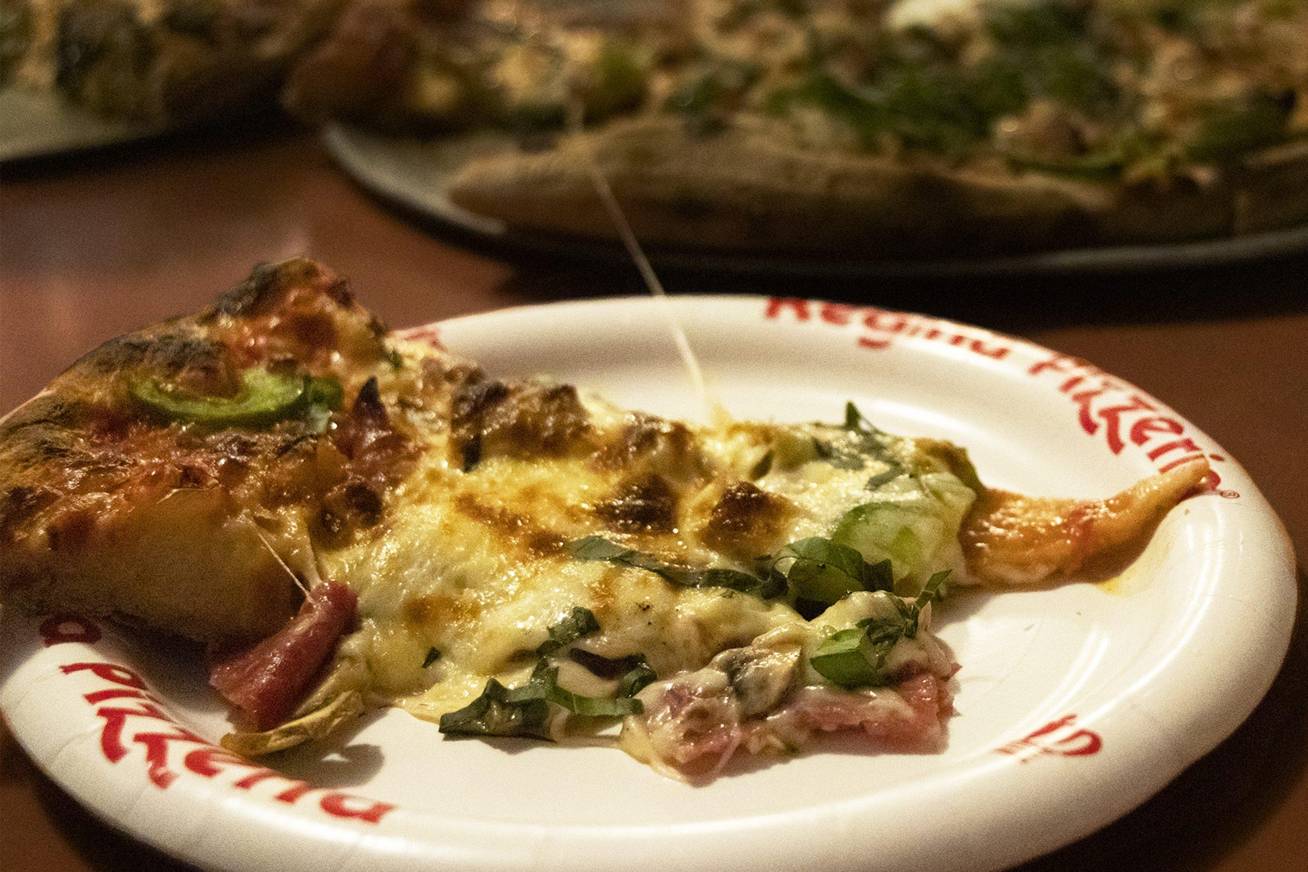 Regina Pizzeria, Boston pizza